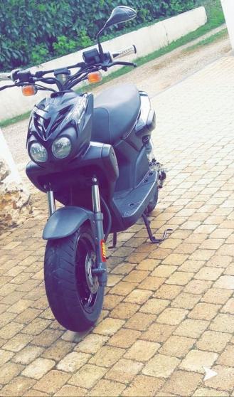 Annonce occasion, vente ou achat 'MBK stunt avec Pot Yazuni R carbone'
