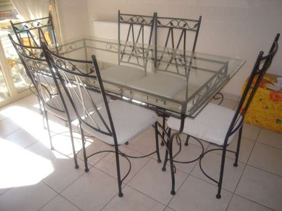 114 table verre fer forge table en fer forg for Meuble salle a manger fer forge