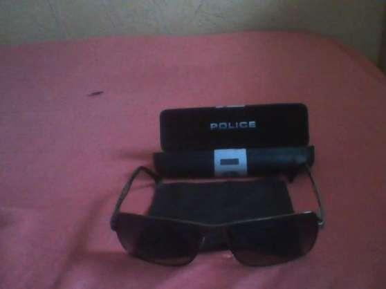 vend lunette de soleil homme POLICE
