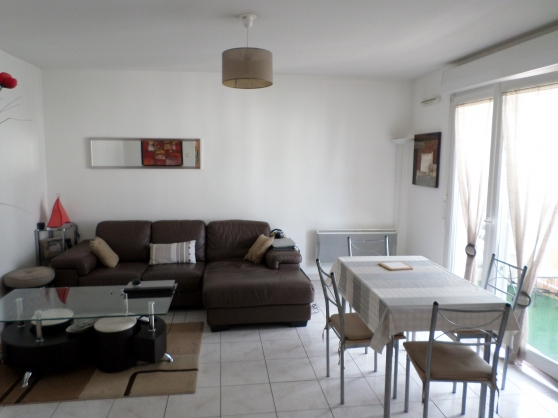Annonce occasion, vente ou achat 'Appartement T3 60m² + loggia + parking'
