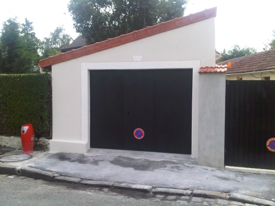 Local de stockage yerres immobilier location parking box for Garage frias yerres