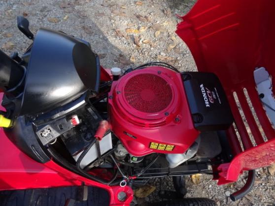 Tracteur de pelouse HONDA HF 2417 - Photo 2