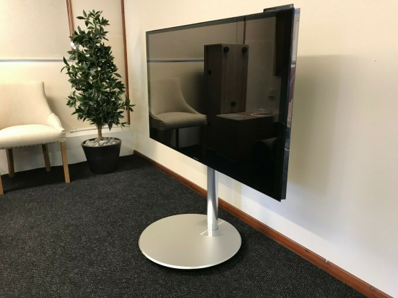 Bang and Olufsen B&O Beovision Avant 55 - Photo 2