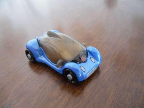 Annonce occasion, vente ou achat 'Kinder voiture bleu'