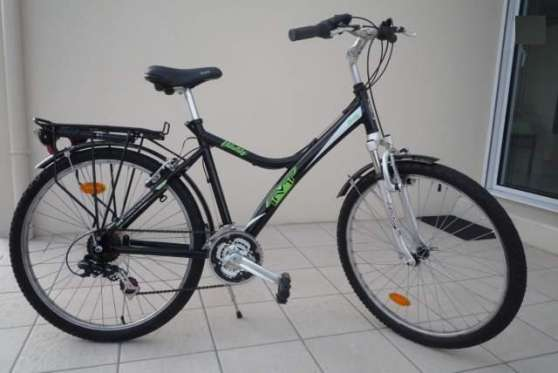 tvp Vélo vtc couleur noire