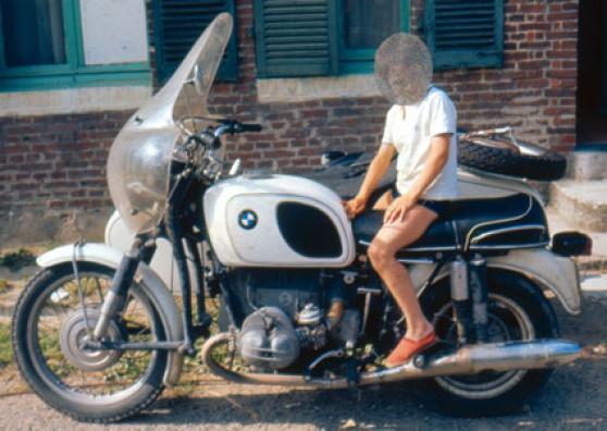 moto bmw r75 5 avec side car oural moto scooter v lo motos bmw saint prix reference mot. Black Bedroom Furniture Sets. Home Design Ideas