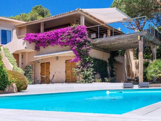 Annonce occasion, vente ou achat 'Villa à 500m de la plage de Santa-Giulia'