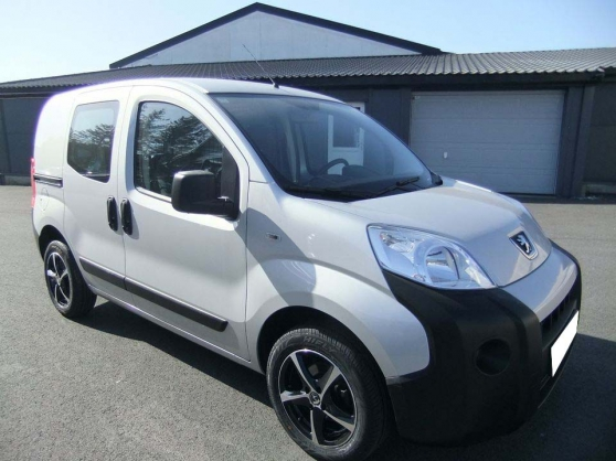 PEUGEOT Bipper HDi An 2015 60.000 Kms Cl