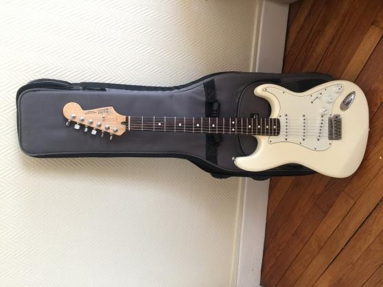 Fender Stratocaster arctic white