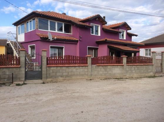 BULGARIE Maison neuve 200m2, bord de mer
