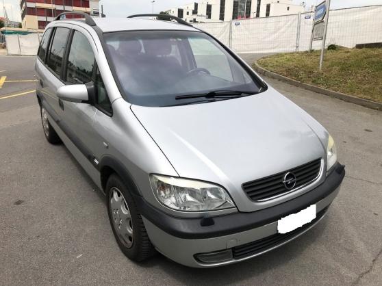 Opel zafira 2.0 16S DTI COMFORT