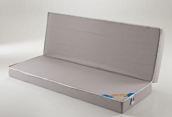 Matelas latex 130 x 190 pour clic clac