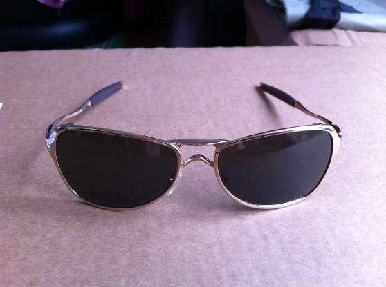 lunettes oakley felon gold