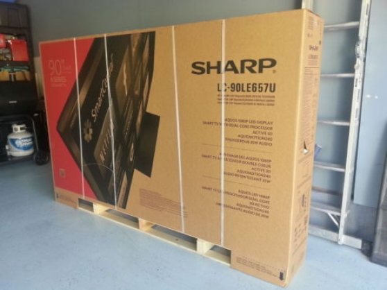 Sharp AQUOS LC-90LE657U