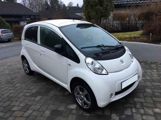 Peugeot Ion électrique Active