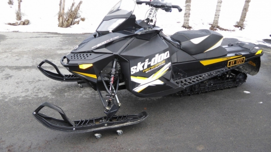 Annonce occasion, vente ou achat 'Motoneige Ski-doo Renegade Backcountry X'