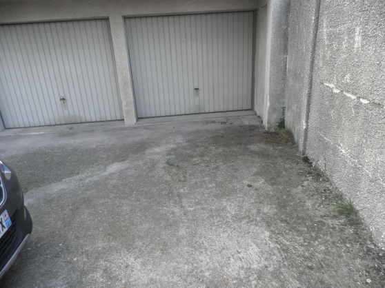 Grand garage/box de 16,55m2