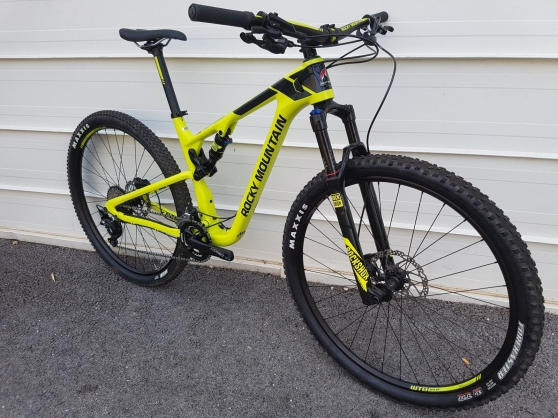 Annonce occasion, vente ou achat 'VTT ROCKY MOUNTAIN ELEMENT 930 MSL'