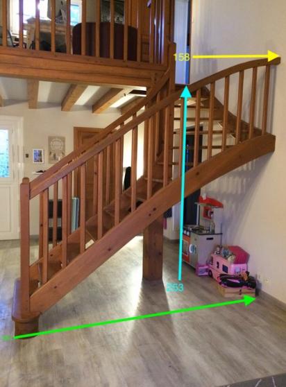 Escalier d'interieur en bois massif - Photo 2