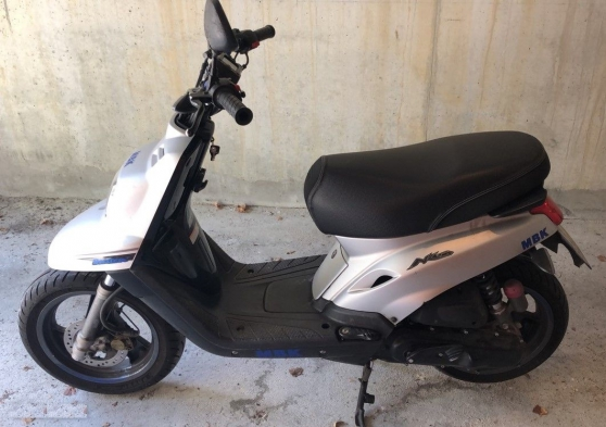 Annonce occasion, vente ou achat 'Scooter MBK Booster 13 Naked 50 cc'