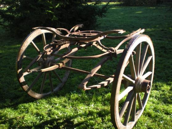 pièces anciennes de voiture à cheval