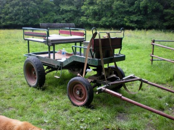 charrette à cheval 4 roues