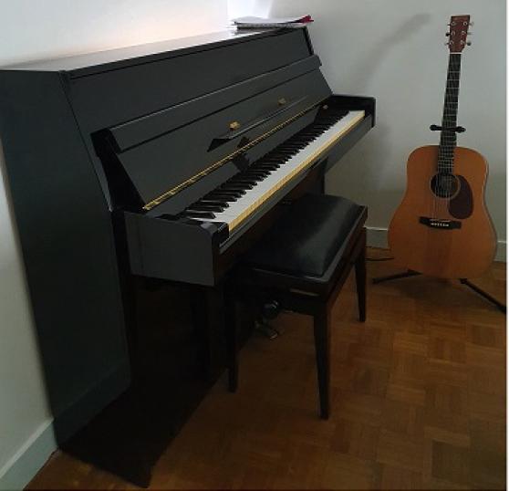 Piano droit YAMAHA - Excellent état
