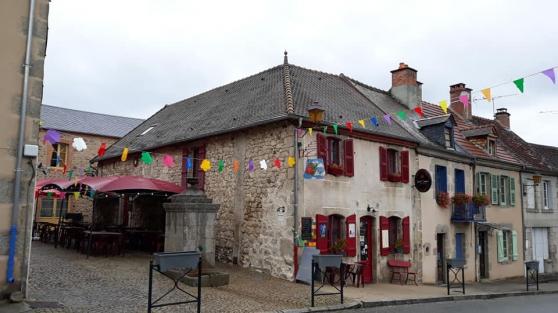 Bar Restaurant, Murs et fond