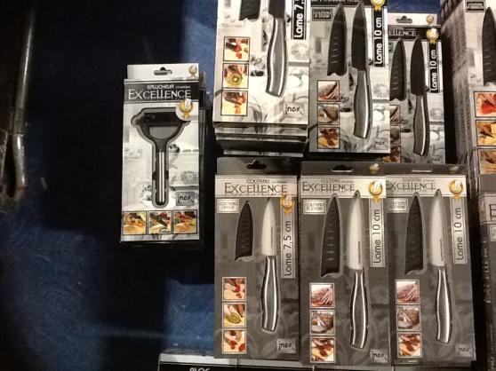 Lot de 106 couteaux céramique plusieurs