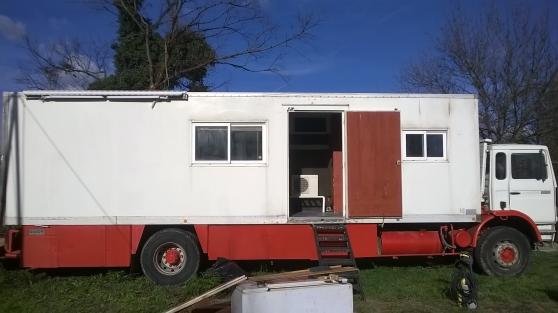 poid lourd amenage renault g230 turbo arles caravanes camping car camping car arles. Black Bedroom Furniture Sets. Home Design Ideas