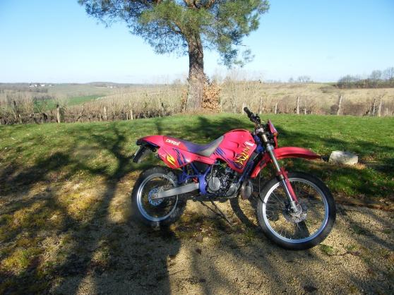 Annonce occasion, vente ou achat 'Moto Derbi 50 cc Senda R'