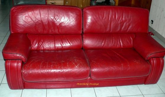 Canapé en cuir véritable 3 places URGENT