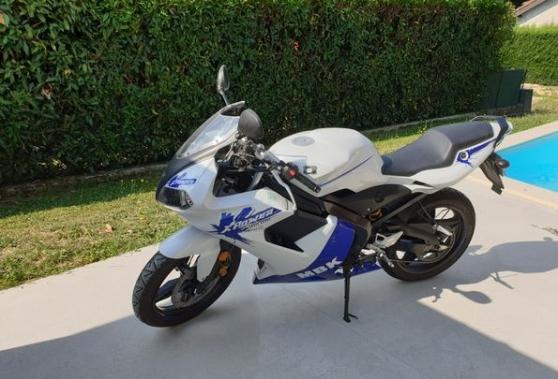 Annonce occasion, vente ou achat 'Moto MBK X-Power 50 CC avec 2549km'