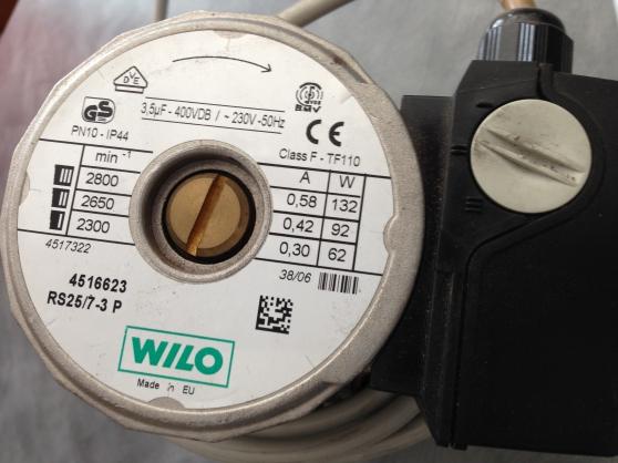 Pompe circulation eau chauffage central - Photo 2