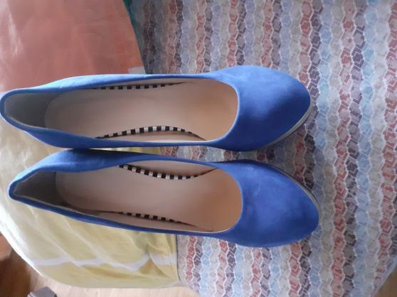 Chaussures bleu talon 15cm pointure 44