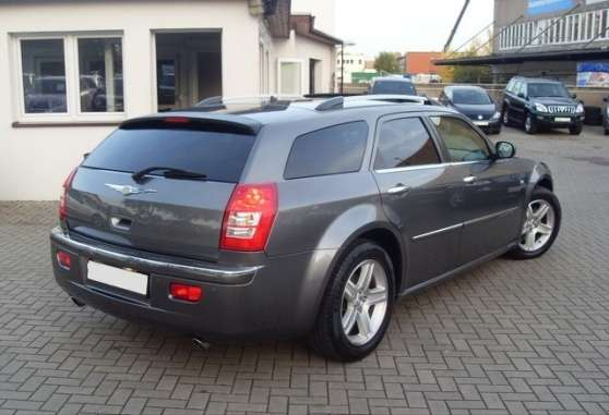 Chrysler 300C CRD TOURING OVERLAND - Photo 3