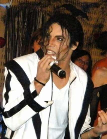vend spectacle sosie Michael Jackson...