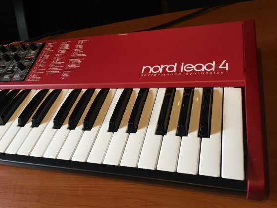 Clavia Nord Nord Lead 4