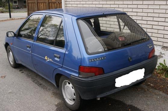 Peugeot 106 très peu servi