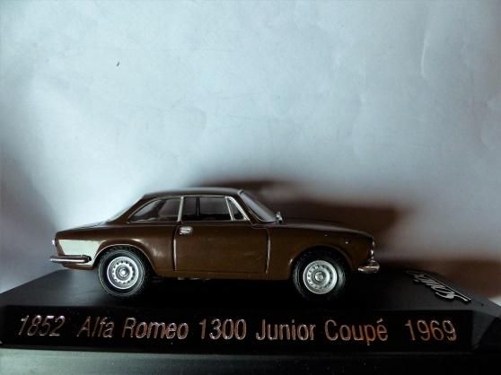 Annonce occasion, vente ou achat '2 ALFA ROMEO 1300-GUILIETTA SOLIDO 1/43'