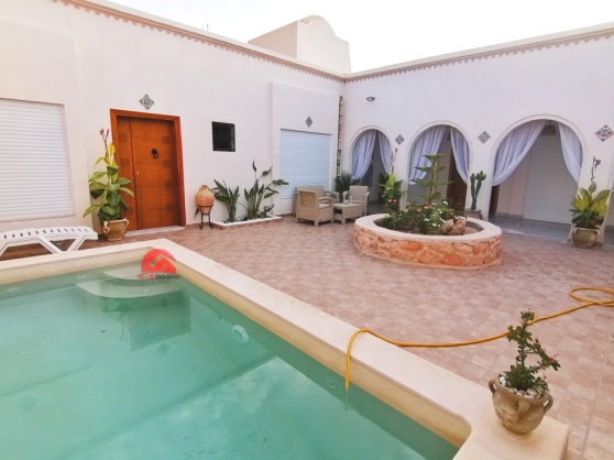 Vente Houch Djerbien avec piscine