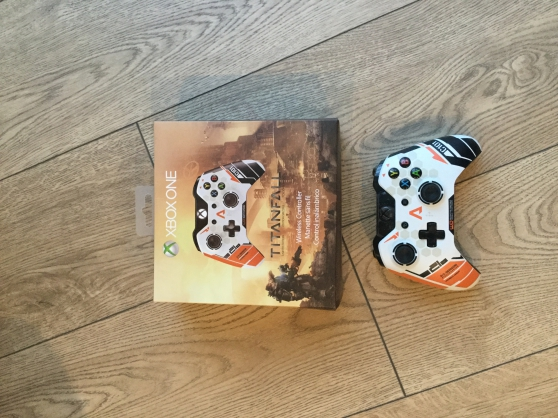 Annonce occasion, vente ou achat 'Manette Xbox one 2 titanfall neuve'
