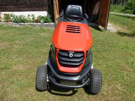 Annonce occasion, vente ou achat 'Tracteur tondeuse EFCO 106 / 24KH 4x4'