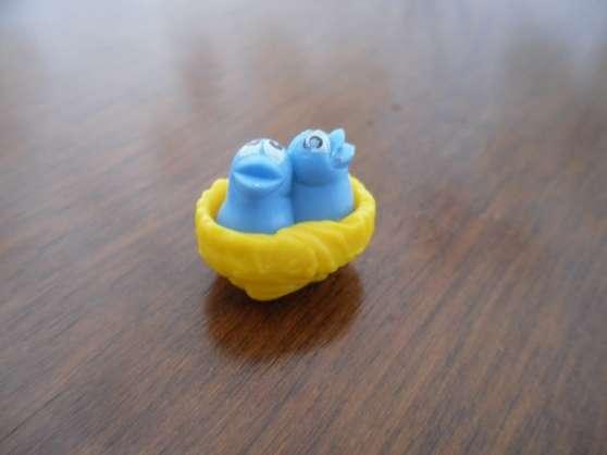 Annonce occasion, vente ou achat 'Kinder miniature oiseau'