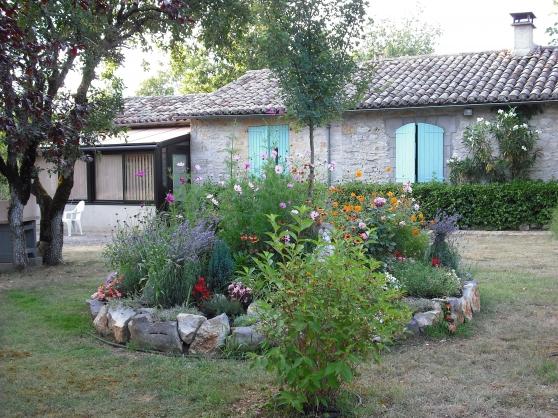 gîte  piscine privés dans  domaine boisé - Annonce gratuite marche.fr