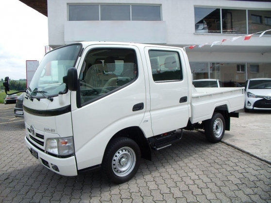 TOYOTA Dyna 100 SWB Pick-up double cabin
