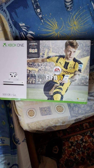 Annonce occasion, vente ou achat 'Xbox One S 500 Go FIFA 17 NEUF'