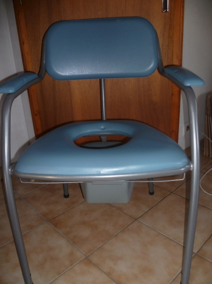 Chaise percée, Montauban