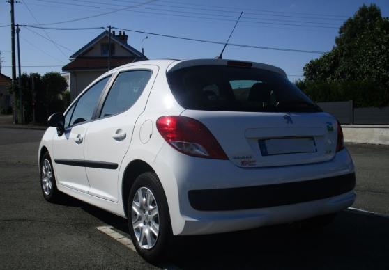 Annonce occasion, vente ou achat 'Peugeot 207 1.4 hdi 70cv active 5p'