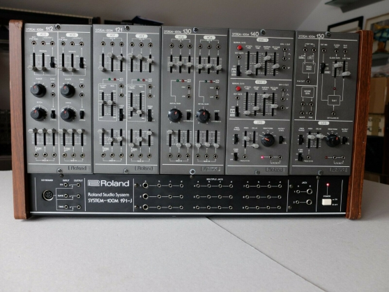 Annonce occasion, vente ou achat 'Synthétiseur Roland System 100m'